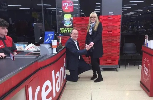 Man proposes in Iceland store – after holiday to the country was cancelled